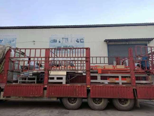 黑龙江佳木斯走起,瓷砖加工设备三台